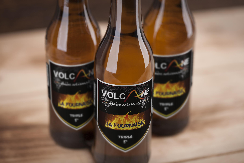 Plaquette et étiquette Fournaise – La Volcane